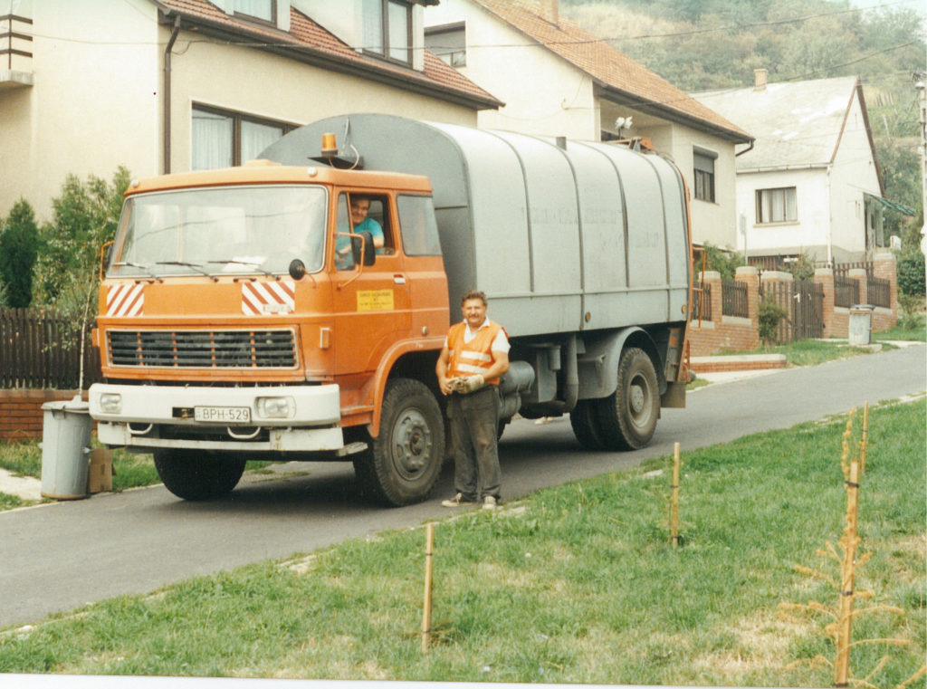 hungary curbside garbage project